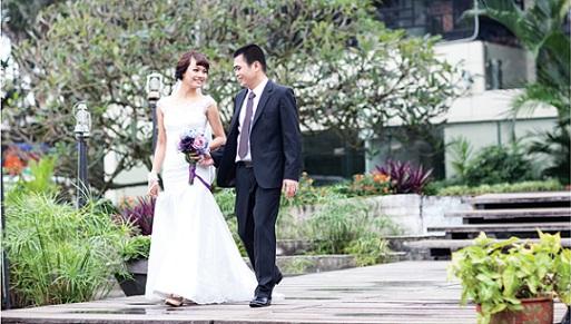 Chụp ảnh cưới-chụp hình album cưới tự nhiên nhẹ nhàng