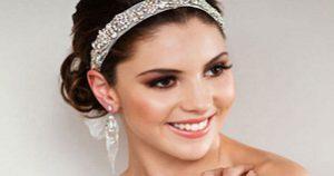 Mẹo 'chữa cháy' make up cưới
