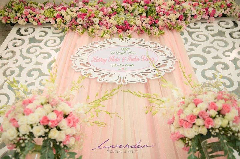 trang trí bàn gia tiên ngày cưới