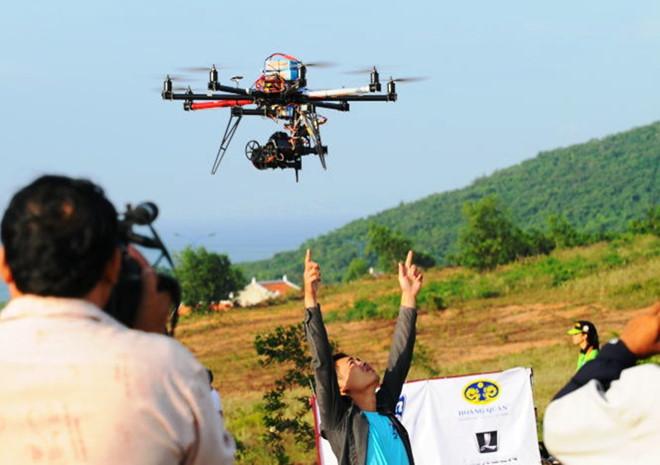 sử dụng flycam trong quay phim, chụp hình