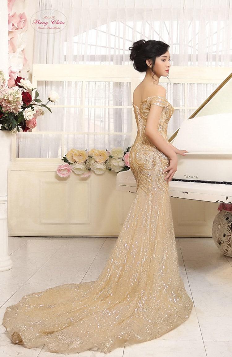 Những màu áo cưới hot 2018