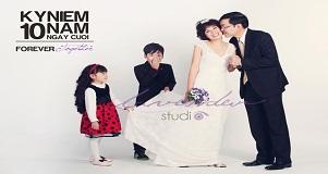 Ảnh gia đình-chụp kỷ niệm ngày cưới ở lavender studio