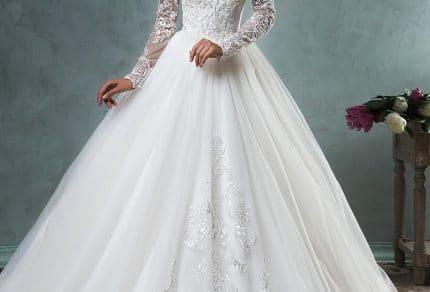 Xu hướng áo cưới nổi bật trong năm 2018